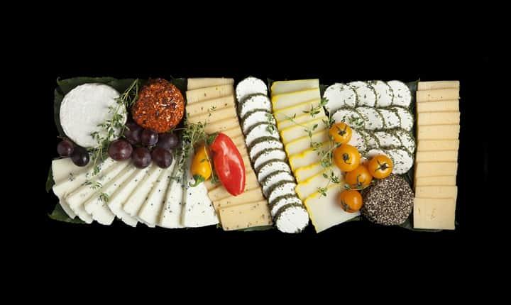 מגש גבינות משק