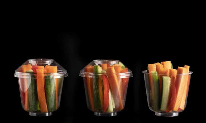 ירקות בכוסות אישיות